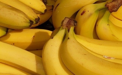 What to eat before bed - bananas